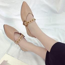 春季单鞋女浅口平底鞋休闲铆钉皮带扣尖头复古女鞋百搭平跟鞋瓢鞋