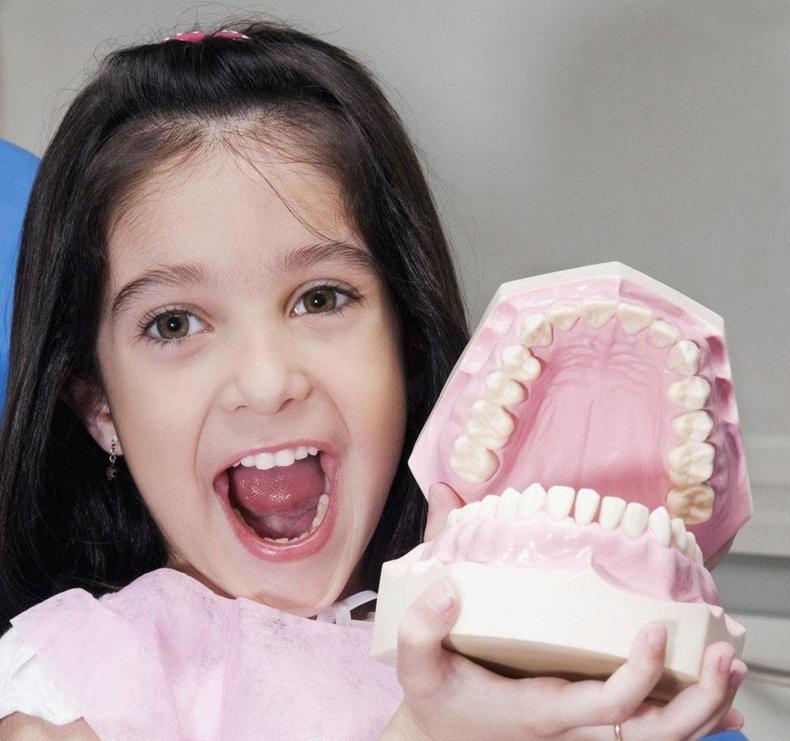 宝宝牙齿护理的重要性