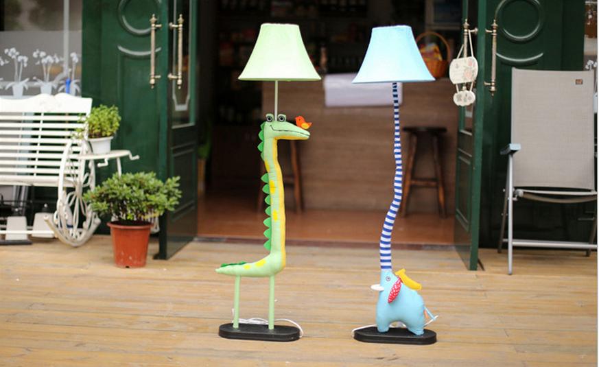 创意布艺卡通落地灯宜家简约动物落地台灯儿童房大象鳄鱼床头灯