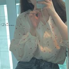 韩国ulzzang秋季新款少女感甜美小清新爱心印花V领宽松泡泡袖衬衫