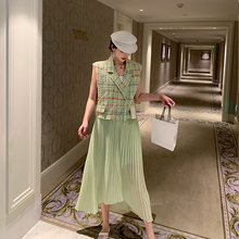 NORA self-made green braided mini-fragrant Ma Jia Nv Xia 2019 new loose tasseled lattice short horse clip