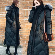2017冬季新款韩版时尚宽松黑色羽绒服女长款过膝加厚连帽外套潮