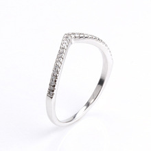Hot-selling Trend Guard Silver S925 Gold-plated V-typeset Rings with Simple Diamond Rings