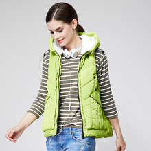 Duck, duck, autumn and winter women's clothes A version feather, horse clip, women's hat, Korean version of waistcoat D-2402
