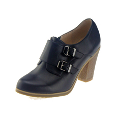 达芙妮正品专柜2013秋季牛皮英伦皮带扣饰粗高跟单鞋 1013404043