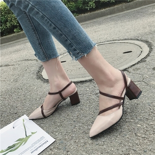 Sharp pointed and shallow mouth sandals xia 2018 new joker K