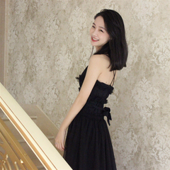 夏新款吊带v领收腰性感连衣裙夜场修身年会度假黑纱裙中长款显瘦