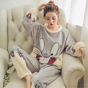 韩版睡衣女秋冬季珊瑚绒长袖家居服女士薄款法兰绒可爱卡通套装女连体睡衣
