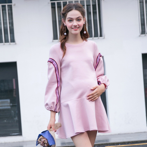 孕妇装春装新款长袖上衣荷叶边下摆a字裙纯色中长款圆领连衣裙