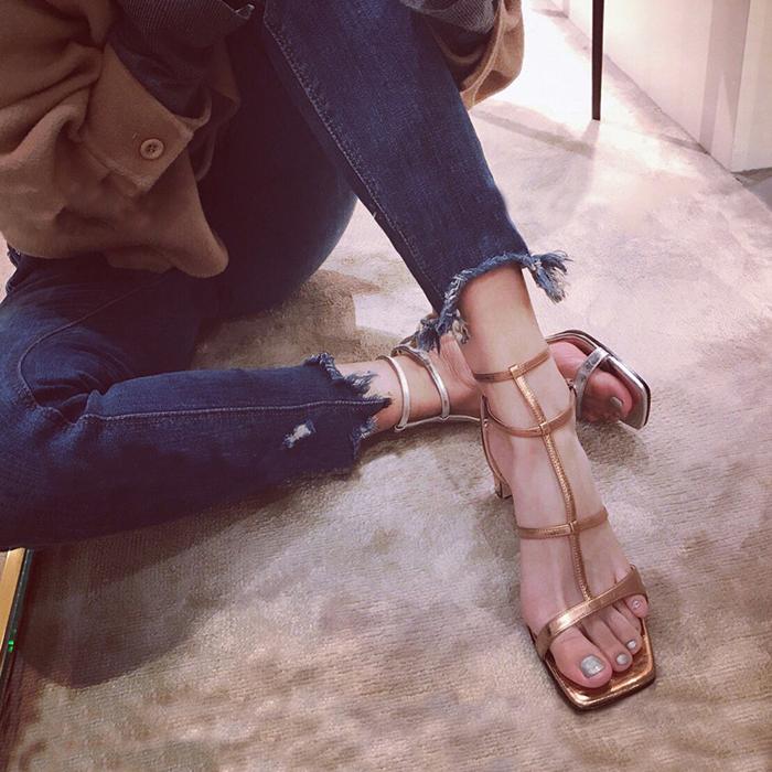 2018夏季新款凉鞋女中跟镂空女鞋一字扣粗跟高跟鞋百搭罗马鞋子女女士凉鞋