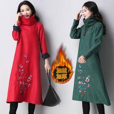 冬季民族风大码显瘦棉麻刺绣长袖连衣裙女复古文艺加绒加厚中长裙