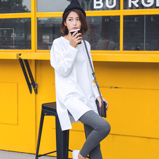 长袖t恤女秋冬韩国中长款上衣宽松大码纯棉纯色开叉加绒打底衫潮