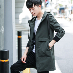 春季风衣男士韩版中长款外套2018新款春秋装学生连帽夹克潮流披风风衣