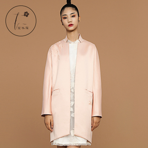 花木深中国风女装 原创设计师刺绣春秋宽松西装 风衣外套女中长款
