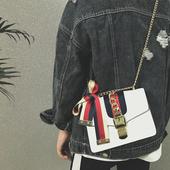 女包2017春夏新款 明星同款 斜挎包女小包缎带链条单肩包手提小方包