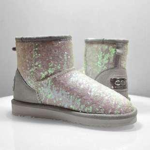 冬新韩版百搭亮片雪地靴女短筒加厚绒矮低帮保暖防滑学生棉鞋