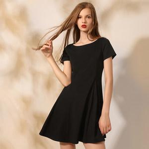<span class=H>简约</span>赫本<span class=H>小</span><span class=H>黑裙</span>礼服裙 2018夏新款sukol裙子黑色短款复古连衣裙女