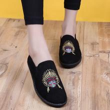 老北京布鞋豆豆鞋女脸谱民族风复古刺绣防滑软底懒人单鞋渔夫女鞋