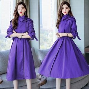 欧洲站2019春紫色休闲风衣外套女过膝长款复古收腰系带连衣裙大码