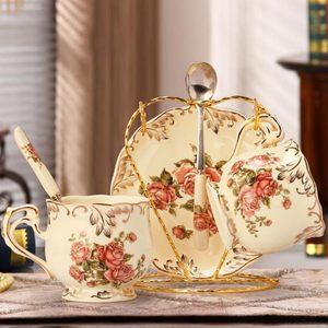 啡忆 欧式陶瓷<span class=H>咖啡杯</span>套装 家用小奢华<span class=H>咖啡杯</span>子 创意简约心形杯<span class=H>架</span>