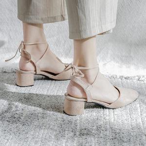2019春季新款粗跟包头罗马中跟绑带高跟单<span class=H>鞋</span>晚晚复古绒面凉<span class=H>鞋</span>女