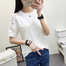 Short-sleeved loose Korean version of T-shirt with bloodless women's body in summer tide lace hollow Crochet Middle-Sleeve T-shirt trend
