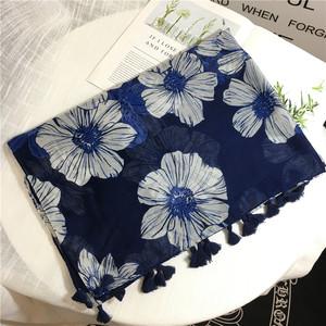 围巾韩版女 夏季棉麻 民族风百搭藏青色披肩大花朵图案