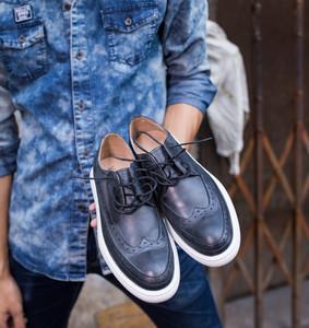 韩版布洛克雕花男士休闲鞋英伦厚底小皮鞋低帮鞋板鞋复古<span class=H>男鞋</span>潮鞋