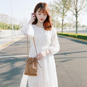 2018春夏新款甜美V领系带收腰白色蕾丝<span class=H>连衣裙</span>打底裙仙女裙子女裙