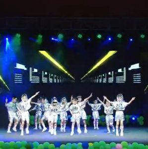 六一儿童现代舞演出服男女童嘻哈亮片街舞表演幼儿园爵士舞蹈服装
