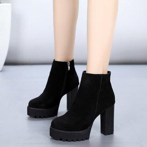 2018新款真皮<span class=H>短靴</span>粗跟超高跟厚底圆头马丁靴防水台磨砂牛皮女靴子