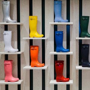 <span class=H>雨鞋</span><span class=H>女</span><span class=H>高筒</span><span class=H>时尚</span>水靴防水胶鞋<span class=H>女</span>士水鞋防滑可爱套鞋户外成人雨靴