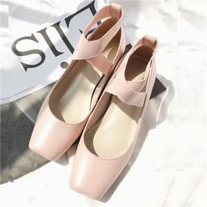 粉色芭蕾舞鞋交叉绑带杏色方头<span class=H>单鞋</span>女平底粗跟女鞋晚晚同款鞋平底