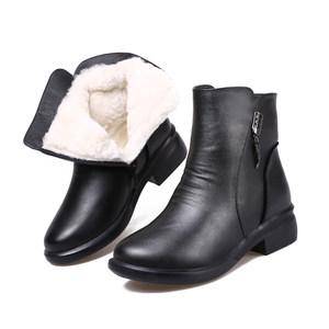 羊毛女短靴冬季保暖加绒妈妈<span class=H>棉鞋</span>低跟防滑真皮雪地靴粗跟加厚棉靴