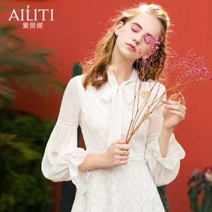 爱丽缇2019春装新款白色蕾丝雪纺连衣裙气质蝴蝶结打底流行裙子