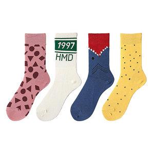 韩版卡通可爱情侣袜纯棉女袜个性长袜街头中筒袜时尚潮流男士袜子