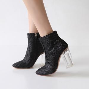 韩国<span class=H>女鞋</span>欧美时尚粗跟透明水晶跟高跟短靴齐踝马丁靴靴子