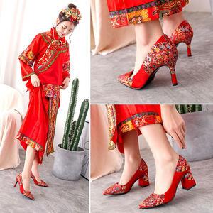 中国风复古典秀禾<span class=H>婚鞋</span>粗跟高跟新娘鞋细跟尖头小码红色女单鞋刺绣