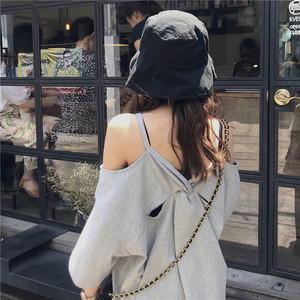 韩版2019夏季新款宽松吊带露肩字母印花中长款<span class=H>t恤</span>休闲短袖上衣女