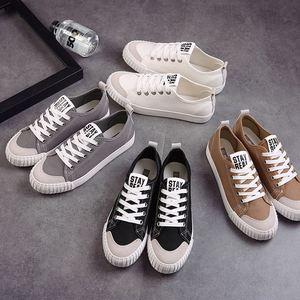 春季情侣帆<span class=H>布鞋</span>男韩版<span class=H>低帮</span><span class=H>系带</span><span class=H>布鞋</span>学生休闲鞋平底小白鞋运动板鞋