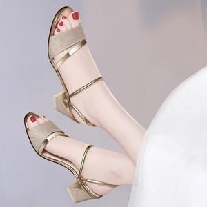 2019夏季新款鱼嘴凉鞋高跟<span class=H>女鞋</span>韩版女士<span class=H>鞋子</span>真皮中跟拖鞋粗跟凉拖