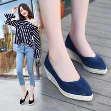 New style single shoes with slopes, shallow mouths, comfortable working shoes, thick soles, boat shoes and straw knitting of women's shoes
