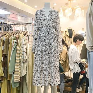 雪纺连衣裙女2019春装新款韩版显瘦高腰立领长袖超仙碎花中长裙子