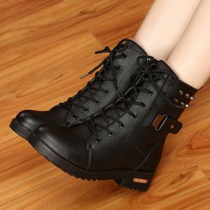 冬季马丁靴英伦风雪地棉鞋加绒学生皮鞋短靴<span class=H>女鞋</span>子短筒粗跟女<span class=H>靴子</span>
