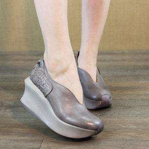 2019春新款女鞋高跟厚底松糕鞋头层牛皮文艺复古坡跟浅口单鞋子女