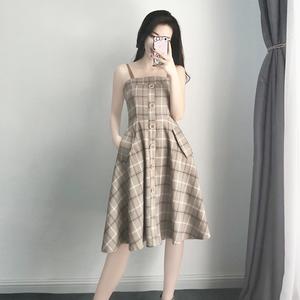 2018夏装新款<span class=H>女装</span>冷淡风裙子中长款气质显瘦复古格子吊带连衣裙