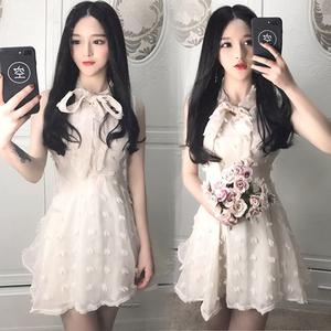 yy网络直播美女主播上镜女衣服甜美网纱无袖蝴蝶结蓬蓬连衣裙女