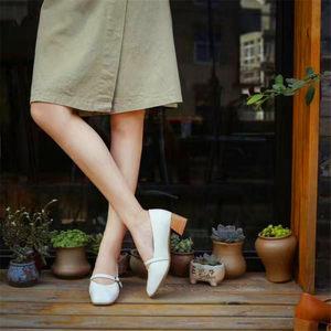 速利玛促销方头浅口中跟牛皮粗跟<span class=H>低帮</span>一字扣<span class=H>单鞋</span>玛丽珍<span class=H>软面</span>奶奶鞋