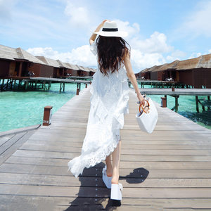 白色不规则蕾丝雪纺连衣裙海边度假沙滩裙吊带长裙个性单肩袖裙子