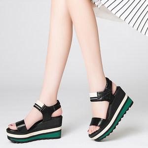 蘑菇街2019夏季新款正品真皮高跟厚底<span class=H>凉鞋</span>女露趾松糕底坡跟<span class=H>凉鞋</span>女